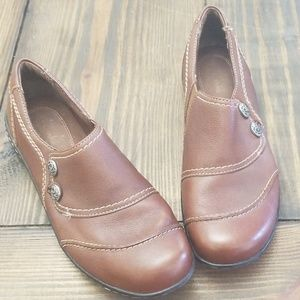Clarks Brown Leather Slip-On Size 9